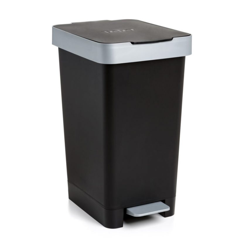 Cubo-pedal-Smart-negro-mas-masia-reciclaje